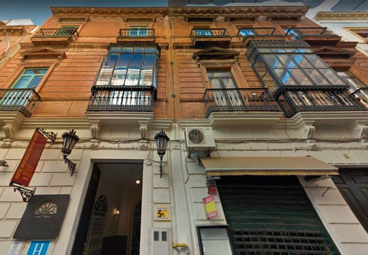 Edificacion. Grupo Zinc. Apartamentos Calle Hernando Colón. Sevilla