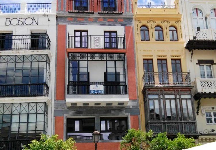 Edificacion. Grupo Zinc. Viviendas Plaza San Francisco, Sevilla